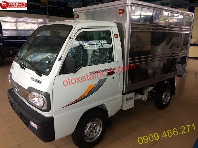 thaco towner 800 thùng kín